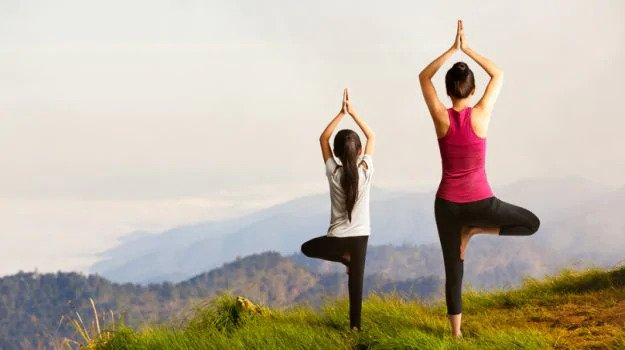 4 Effective Ways Yoga Helps Recover Someone From Addiction