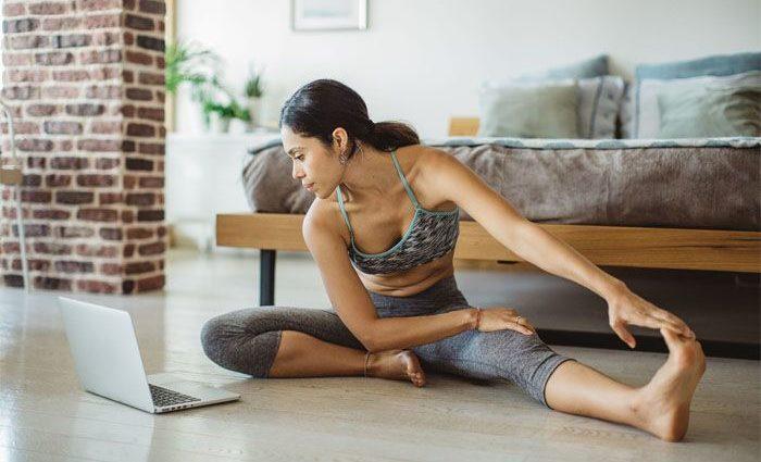 4 Simple Yoga Exercises for Your Eyes
