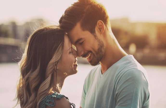 7 Tips to add spark in your Relationship